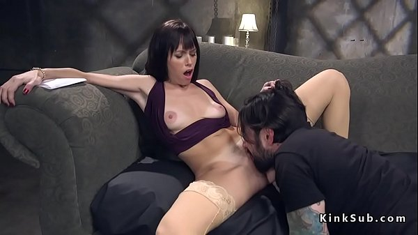 Tied wife, Throated