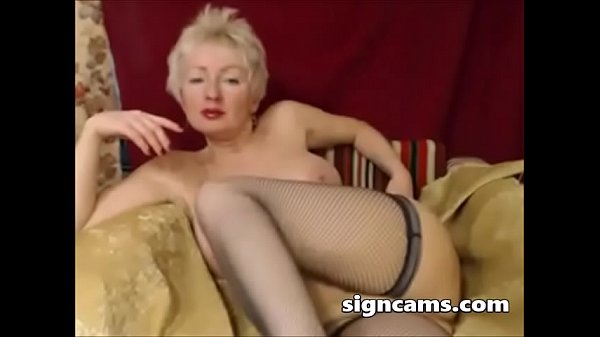 Masturbating, Mature webcam, Mature blonde