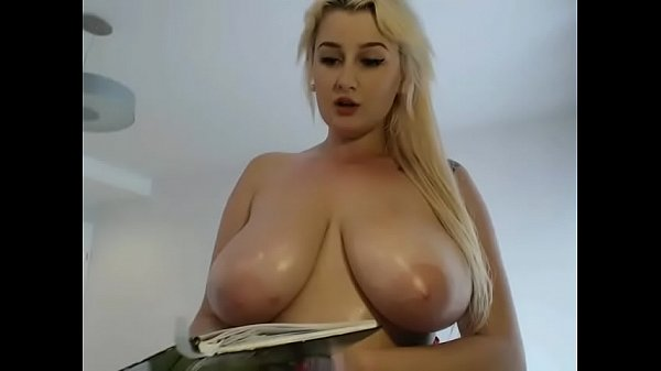 Show, Blonde big tits